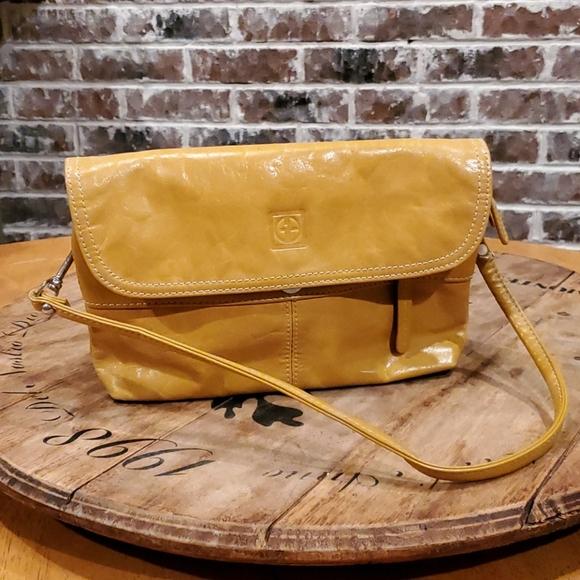 Small leather Giani Bernini purse